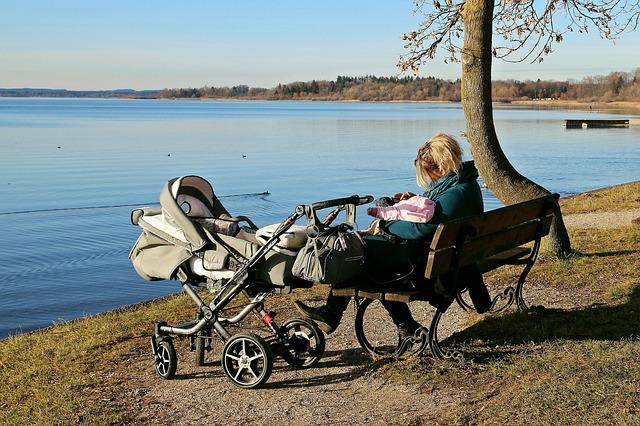 Trouver une agence de baby-sitting