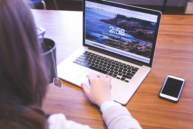 Conseils essentiels pour bâtir une entreprise en ligne réussie