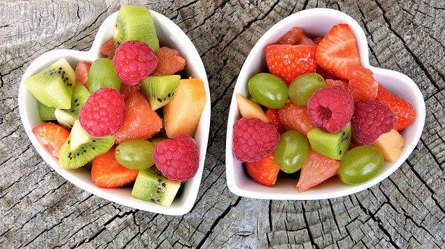 Bien manger les fruits pour mieux maigrir