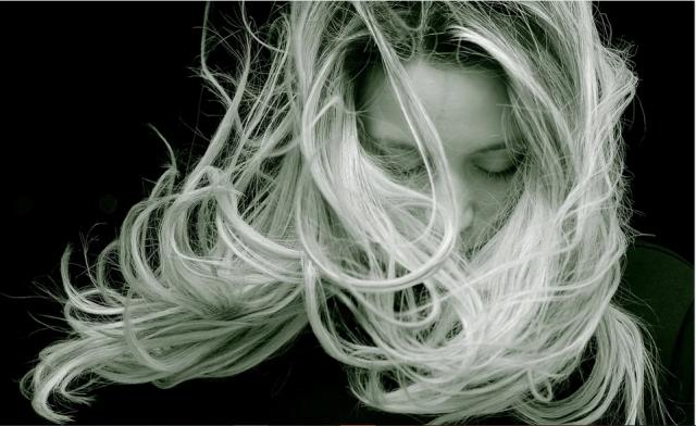 gestes pour avoir de belle extension de cheveux